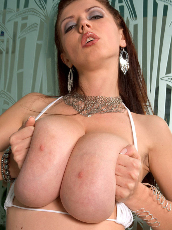JENNA: Big breast xxx sex
