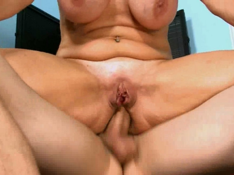 Mature women haveing sex 14