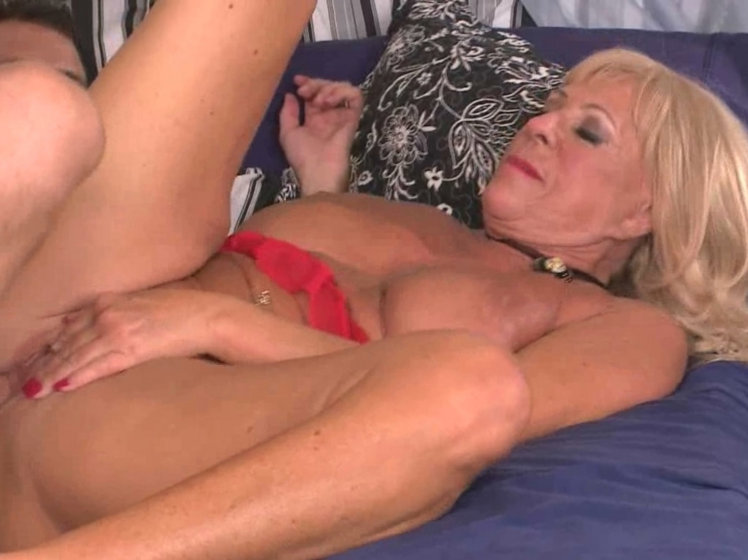 Older Women Love Fucking
